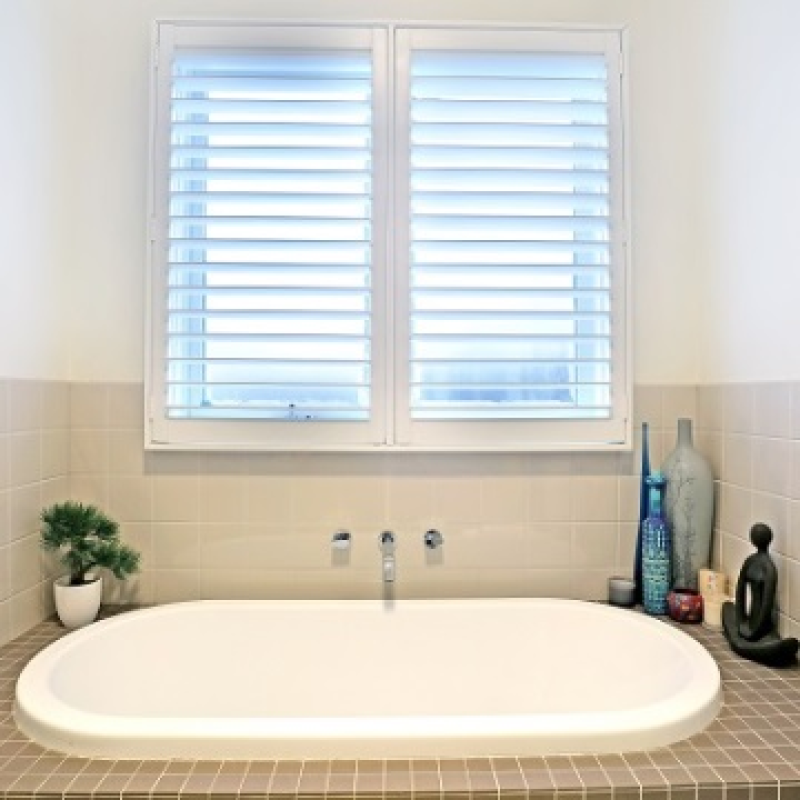 plantation blinds shutter white strangetowne cleaning